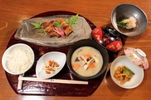 徳蔵 秋山 「天皇の料理番」実話(ネタバレ)